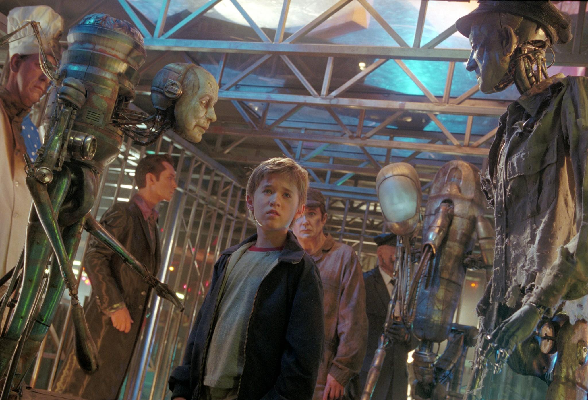 still-of-haley-joel-osment-in-a.i.-artificiell-intelligens-(2001)-large-picture