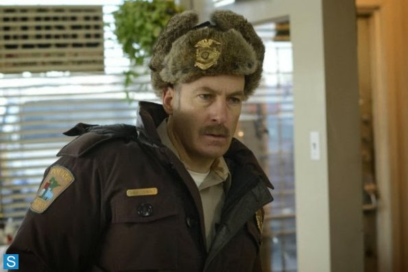 Fargo - First Look Cast Promotional Photos (9)_595_slogo