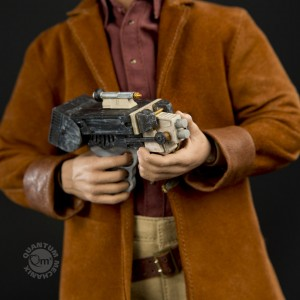 Firefly-Malcolm-Reynolds-1-6-Scale-Articulated-Figure-with-Lassiter-Pistol