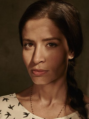 fear-the-walking-dead-season-1-ofelia-mason-cast-portrait-658