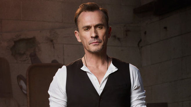 robert-knepper