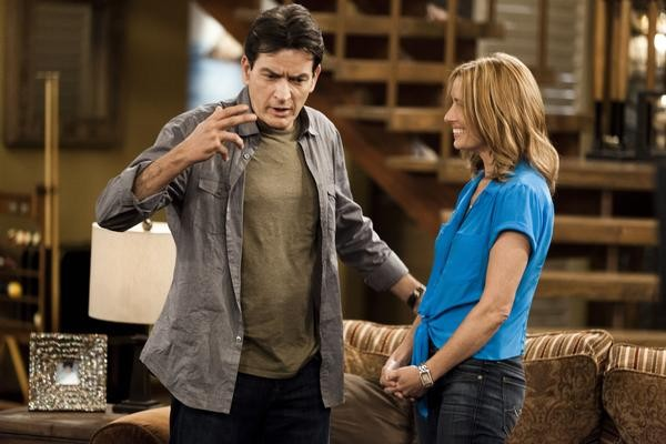 "Charlie Sheen and Shawnee Smith on the set of ""Anger Management,"" in Los Angeles, April 30, 2012. The show, an FX series starting June 28, 2012, offers a chance to restore Sheen's legacy, and he vows it will be the ""swan song"" to his bumpy acting career. (Kevin Scanlon/The New York Times) -- PHOTO MOVED IN ADVANCE AND NOT FOR USE - ONLINE OR IN PRINT - BEFORE JUNE 17, 2012."