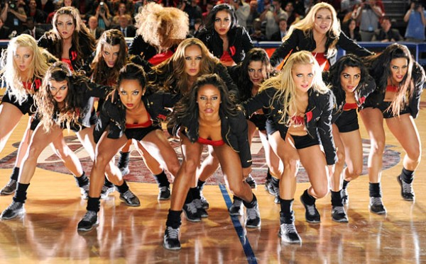 Charlotte Ross Dean Cain Jonathan Lil J McDaniel Katherine Bayliss Kimberly Elise Logan Browning McKinley Freeman Rob Riley Taylour Paige Valery M Ortiz Hit the Floor 2013