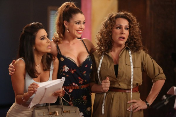 Ana Sofia Calderon & Roxie Rios & Mimi