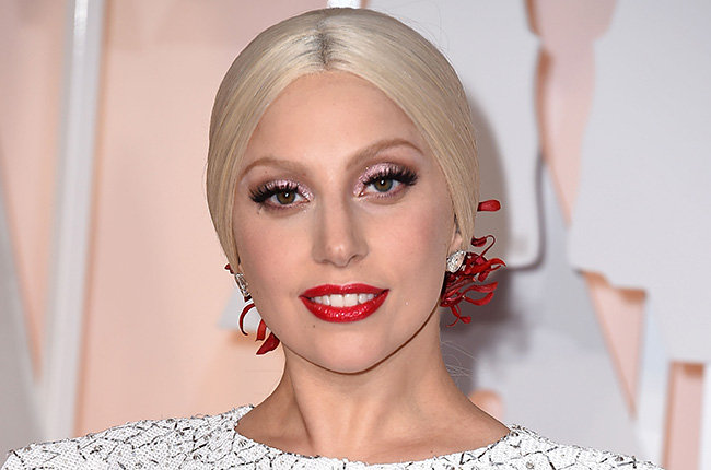 lady-gaga-girlhero