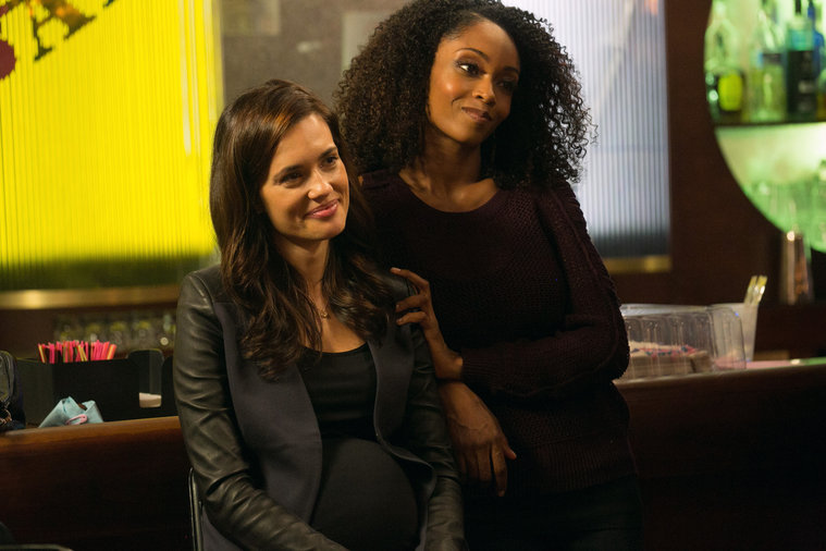 "CHICAGO MED -- ""iNO"" Episode 102 -- Pictured: (l-r) Torrey DeVitto as Dr. Natalie Manning, Yaya DaCosta as April Sexton -- (Photo by: Elizabeth Sisson/NBC)"