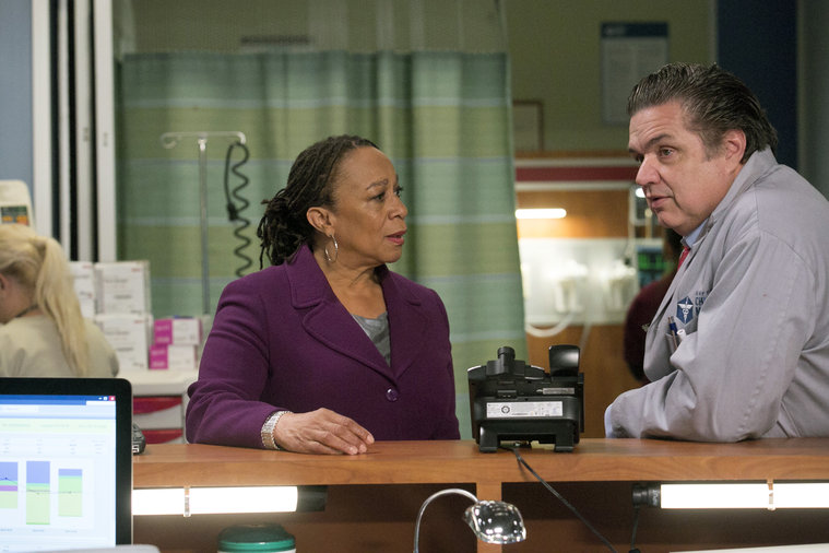 "CHICAGO MED -- ""Fallback"" Episode 103 -- Pictured: (l-r) S. Epatha Merkerson as Sharon Goodwin, Oliver Platt as Dr. Daniel Charles -- (Photo by: Elizabeth Sisson/NBC)"