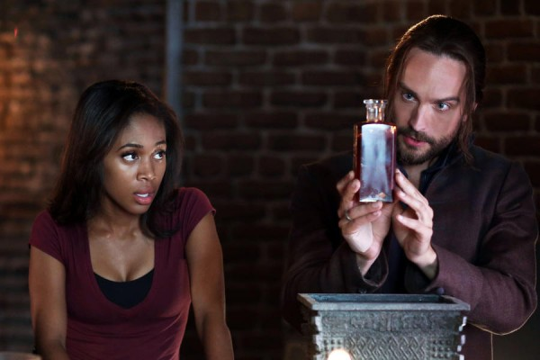 SLEEPY HOLLOW: Abbie and Ichabod
