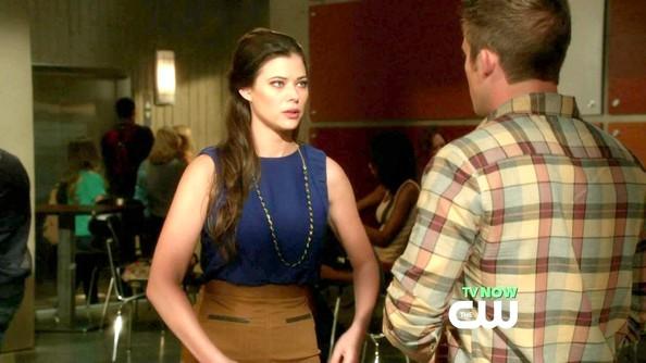 90210 (Lindsey Beckwith) (2012)