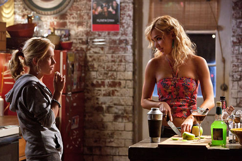 Life Unexpected (Paige Thomas) (2010)