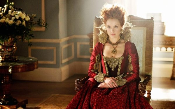 Reign (Kraliçe Elizabeth) (2015-2016)