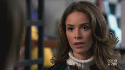 Bones (Phillipa Fitz) (2008)