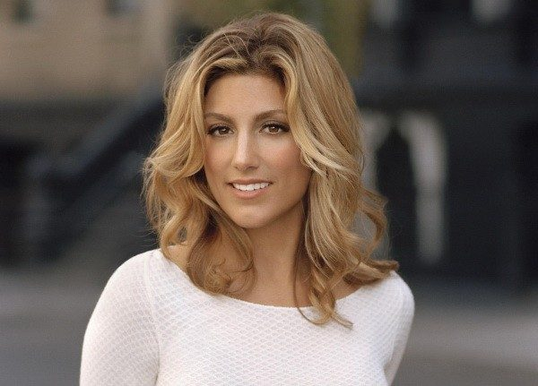 Jennifer Esposito (Blu... Ryan Phillippe Net Worth 2019