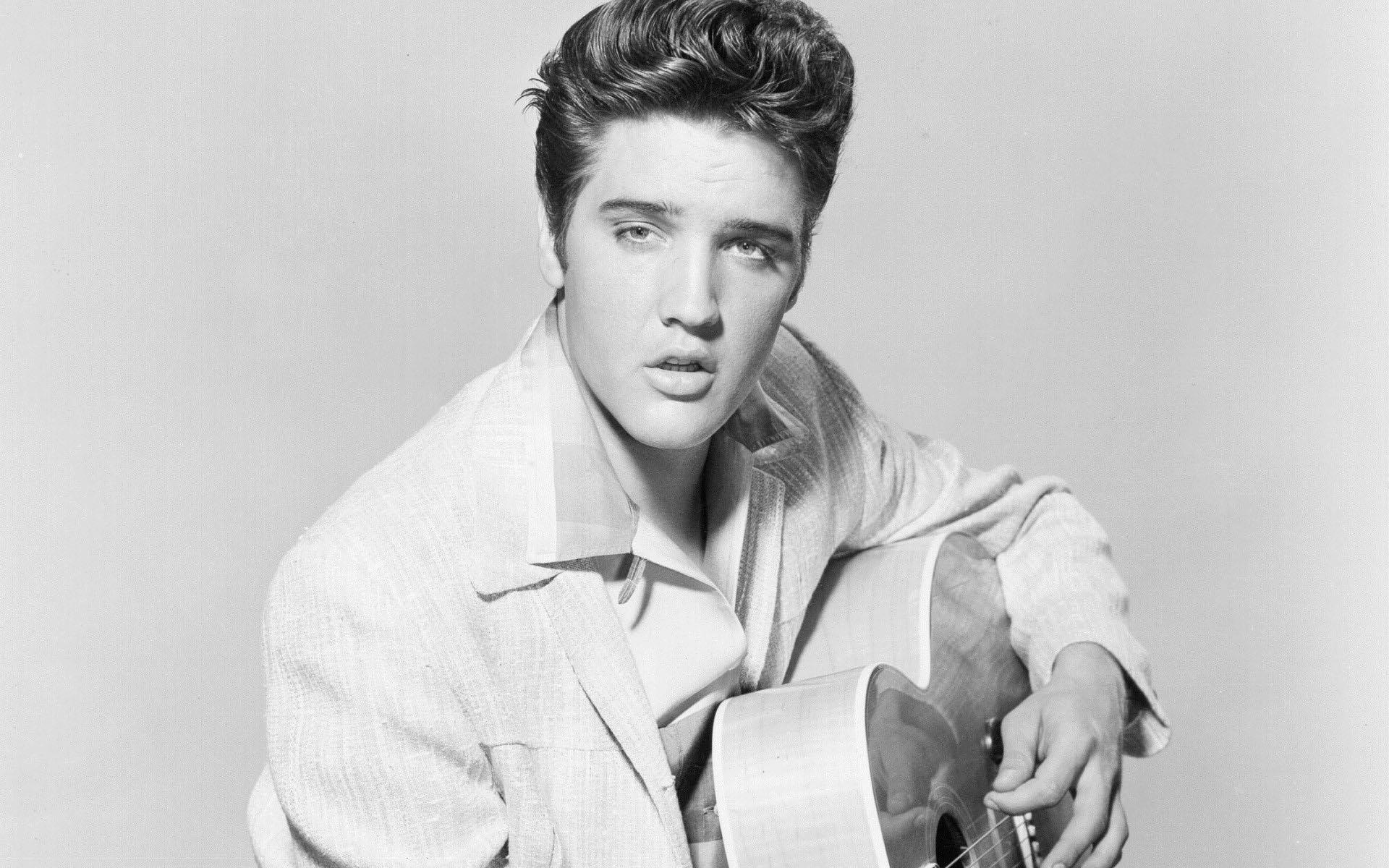 Elvis Presley ile ilgili görsel sonucu