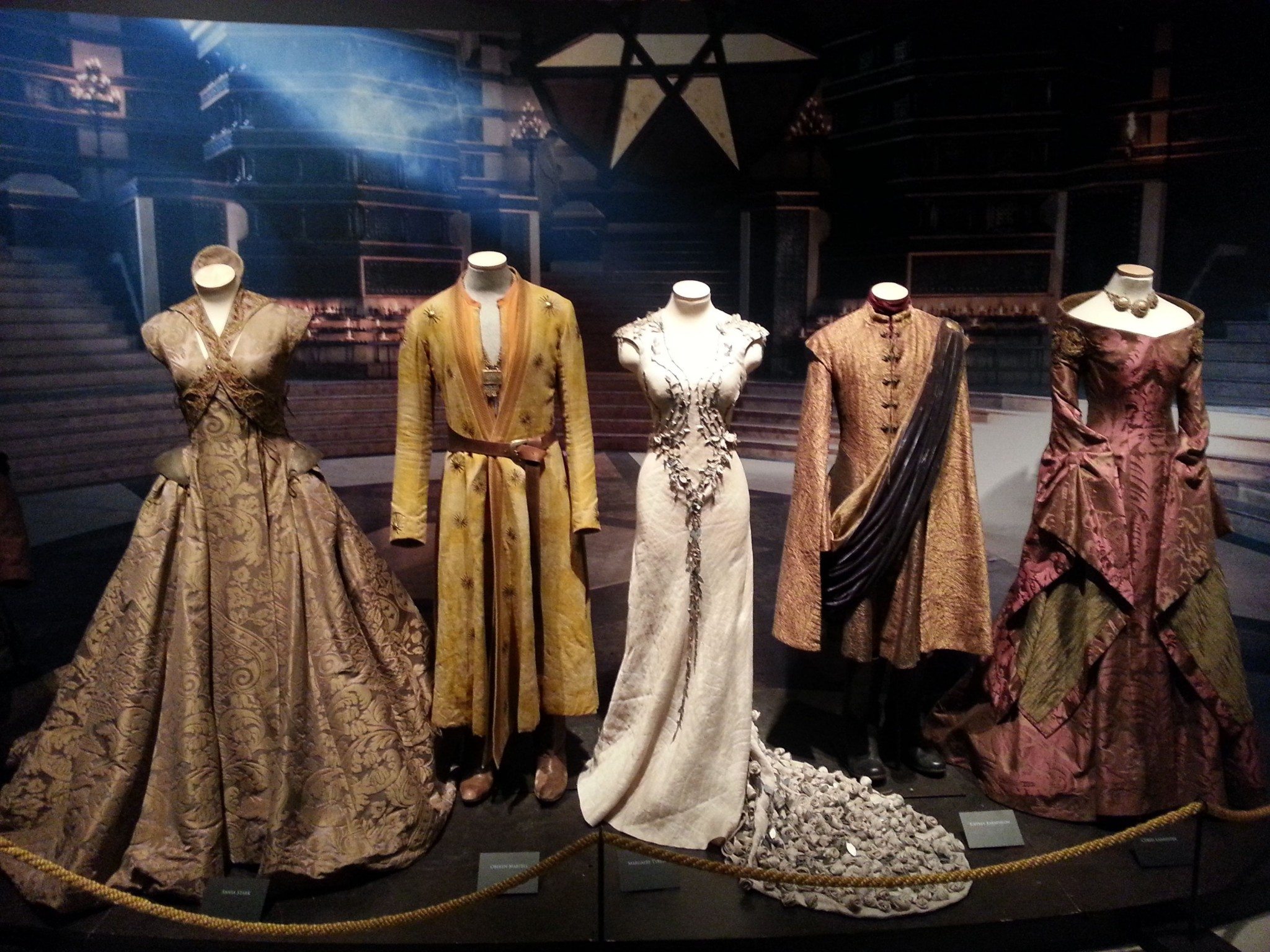 got_exhibition_kings_landing_outfits