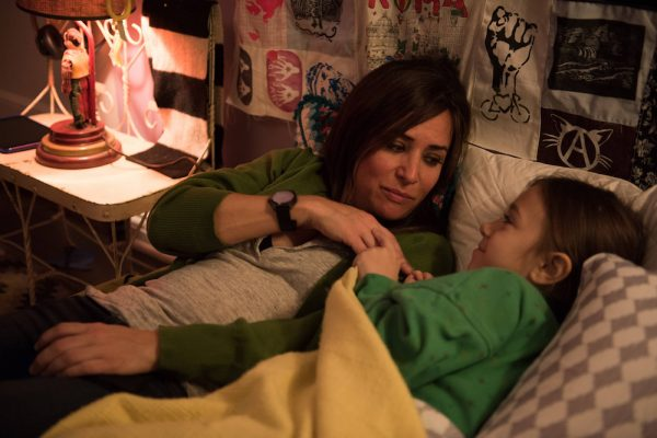 "BETTER THINGS ""Sam/Pilot"" Episode 1 (Airs Thursday, September 8, 10:00 pm/ep) -- Pictured: (L-R) Pamela Adlon as Pam, Olivia Edward as Duke). CR: Colleen Hayes/FX"