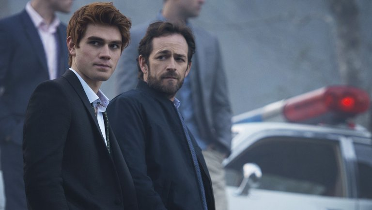 riverdale_kj_apa_luke_perry_still_h_2016