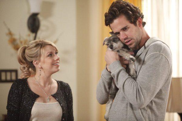 "PERFECT COUPLES -- ""Perfect Job"" Episode 110 -- Pictured: (l-r) Mary Elizabeth Ellis as Amy, David Walton as Vance -- Photo by: Jordin Althaus/NBC"
