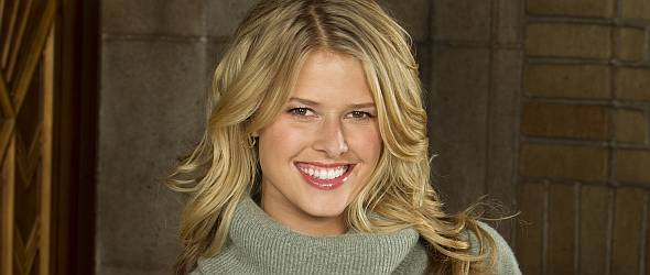 Gallery coverage of CBS' MAD LOVE. Pictured: Sarah Wright Photo: Sonja Flemming/CBS © 2010 CBS Broadcasting Inc. All Rights Reserved.